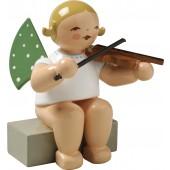 Engel mit Geige, sitzend